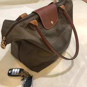 Excellent used LongChamp Tote